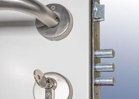 3-pin dead bolt locking